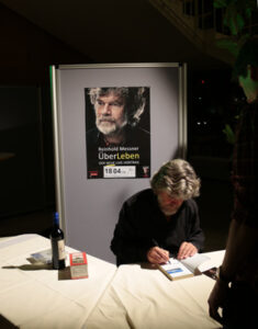 10-messner-235x300 in Reinhold Messner in Berlin