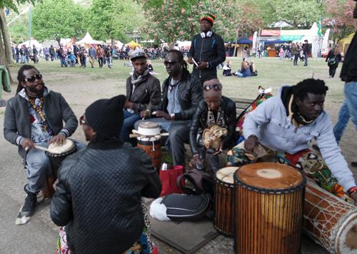Senegalesen4 in Karneval 2016 am Sonntag in Berlin